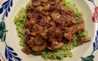 – Recept: Broccolirijst met zelfgemaakte kip ragout