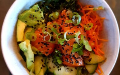 – Recept: Poké Bowl met zalm
